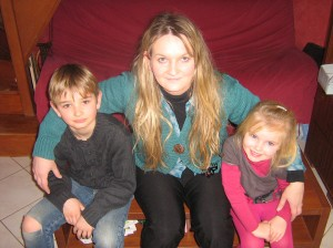 Me voici avec mes deux enfants.