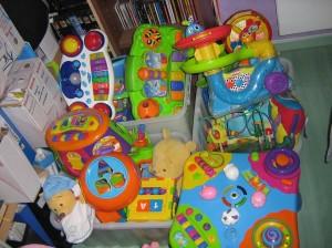 Des jeux d'éveil pour les enfants. photo-nounousylvie-0372-300x224