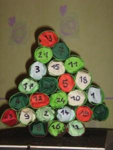 Activité : calendrier de l'avant (décembre 2012). enfants-gardes-20121-e1354222765986-225x300